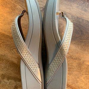 Vionic Orthaheel High Tide Flip Flops